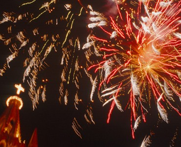shootig-fireworks